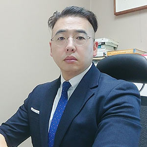 Business and IT Strategy Consultant,Taeui Jeong, Customer Insight