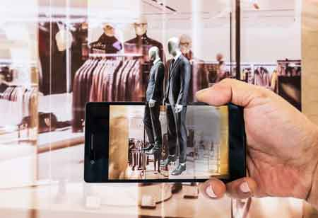 Changing Scenario of Retail with 3D and AR